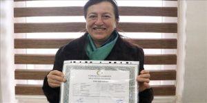 60 yaşında lise diplomasını aldı, hedefi üniversite