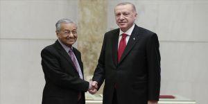 Cumhurbaşkanı Erdoğan Malezya Başbakanı Mahathir'i kabul etti