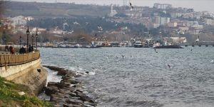 Marmara Denizi'nde lodos ulaşıma engel oluyor