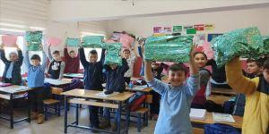 Üniversitelilerden 'çocuklar üşümesin' kampanyası