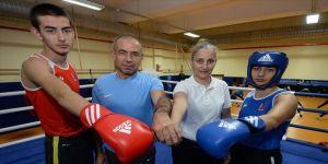 Antrenör babanın eşi hakem, çocukları boksör