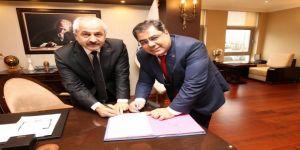Gebze'de Önemli İşbirliği İmzalar Atıldı !