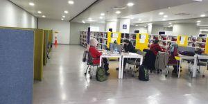 Gebze Çoban Mustafa Paşa Kütüphanesi'nde 21 bin e-kitap bulunuyor