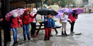 KKTC'de eğitime yağmur engeli