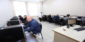 50 yaş ve üstü vatandaşlara bilgisayar eğitimi