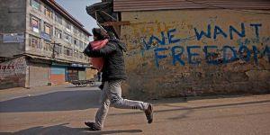 Cammu Keşmir'deki internet kısıtlamasına kısmi düzenleme