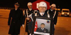 Ağrı'da şehit olan Uzman Jandarma Çavuş Çağrı Toptaş'ın naaşı Ankara'ya uğurlandı
