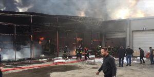 Samsun'da plastik fabrikasında yangın