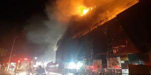 Darıca AVM'de büyük yangın !