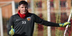 Kayserispor'da kaleci Lung, 3 hafta sahalardan uzak kalacak
