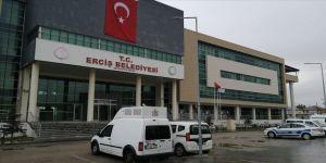 Görevden uzaklaştırılan HDP'li belediye başkanı teröristleri evinde barındırmış