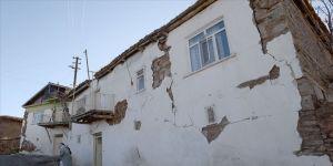 Malatya'da deprem nedeniyle 9 ilçede daha okullar 10 Şubat'ta açılacak