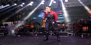 Büyükşehirden,Kartepe Festivali'nde İrem Derici'nin yaptığı skandal sözlere açıklama