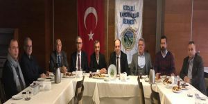İzmit Kent Konseyi Yürütme Kurulu üyeleri Kocaeli Kandıralılar Derneğini ziyaret etti.