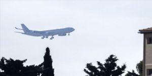 Çin'den tahliye edilen Avrupa vatandaşlarını taşıyan ikinci uçak Fransa'ya ulaştı