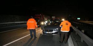 Kocaeli'de 5 otomobilin karıştığı zincirleme kaza
