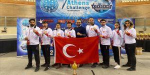 Milli kick boksçulardan Yunanistan'da 4 madalya