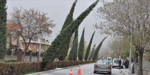 İç Anadolu'da 4 ilde kuvvetli rüzgar ve fırtına uyarısı