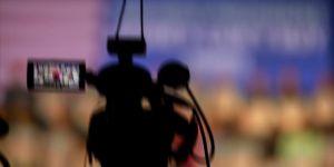 ABD'de Demokrat başkan aday adayları televizyonda kozlarını paylaştı
