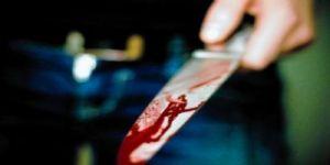 Hastanede eşini tacizle suçladığı kişiyi bıçakladı