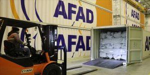 AFAD'ın Düzce deposundan depremzedeler ile Suriye sınırına 10 tır çadır gönderildi