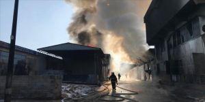 Gaziantep'te boya ve tiner atölyesinde yangın