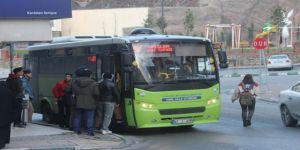 Gebze bölgesinde, vatandaşlar halk otobüslerinden şikayetçi