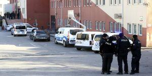 Ankara'da güvenlik görevlisi okul müdürünü yaralayıp intihar girişiminde bulundu