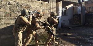 Hakkari'de PKK/KCK operasyonunda 23 şüpheli gözaltına alındı