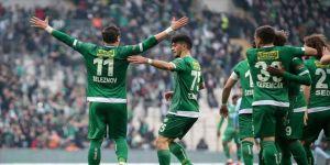Bursaspor Süper Lig yolunda sağlam adımlarla ilerliyor