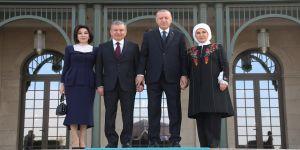 Erdoğan Özbekistan Cumhurbaşkanı Mirziyoyev ile görüştü
