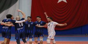 Lider Kağıtspor play-off'u garantiledi