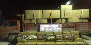 Kocaeli'de 500 bin TL değerinde tonlarca kaçak nargile tütünü yakalandı