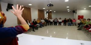 Gebze Osman Hamdi Bey KO-MEK Kurs Merkezi'nde İşaret Dili eğitiminde önemli hamle