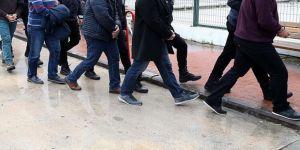 'Gemi adamı aranıyor' ilanıyla dolandırmışlardı! 4 tutuklama
