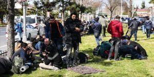 Düzensiz göçmenlerin umuda yolculuğu sürüyor