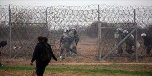 Yunan askerinin açtığı ateş sonucu bazı düzensiz göçmenler yaralandı