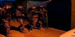Adana'da terör operasyonu: 7 gözaltı