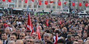 Şehitler yürüyüşüne Yeniden refah partisi büyük destek verdi
