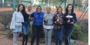 Başkent'te Dünya Kadınlar Günü'ne özel tenis turnuvası düzenlendi