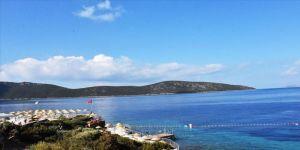 Bakan Ersoy'dan Antalya'da dünyaya örnek iki halk plajı müjdesi