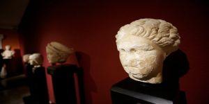 Antalya Müzesi'nde 48 yıldır sergilenen portre heykelin Sappho olduğu belirlendi