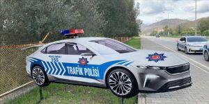 Türkiye'nin Otomobili maket trafik polis aracı oldu