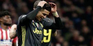 Koronavirüsten dolayı İtalya'ya dönmeyen Cristiano Ronaldo annesinin evinde kaldı
