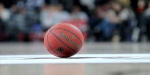 Basketbolda karşılaşmalara koronavirüs engeli