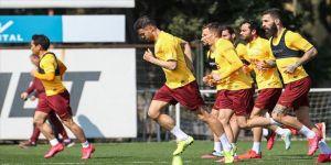 Galatasaray derbi hazırlıklarına iki eksikle devam etti