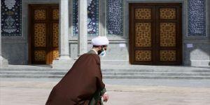 İran'da koronavirüs tedbirleri kapsamında bu hafta da cuma namazı kılınmayacak