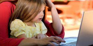 Uzmanlar eşliğindeki online etkinliklerle ara tatilde evler okula dönüşüyor