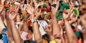 HDP,herkesi 20:20'de evinin balkonunda, camında kutlama yapmaya çağırdı