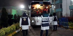 Yurt dışından gelenler Sakarya'da öğrenci yurduna yerleştirildi